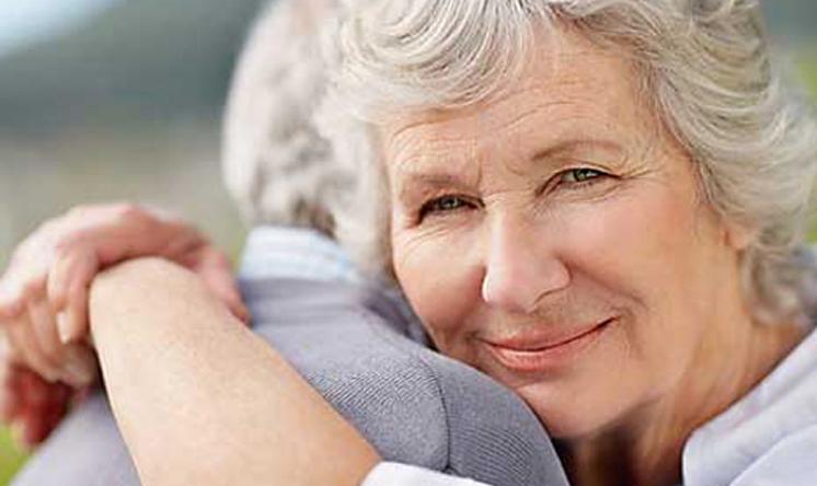 Odanacatib, nuove conferme nell'osteoporosi in post-menopausa e in quella maschile