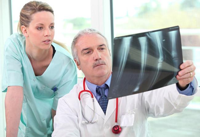 Stop alle fratture, la prevenzione aiuta a combattere l'osteoporosi