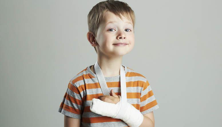 Fratture nei bambini e nei ragazzi: quando è bene insospettirsi