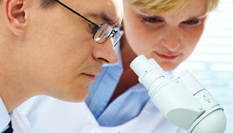 Osteoporosi severa, romosozumab approvato in Europa